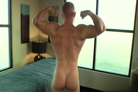 Muscle homosexual oral pleasure-service And Massage