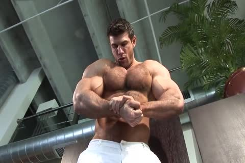 hairy Zeb jerking off