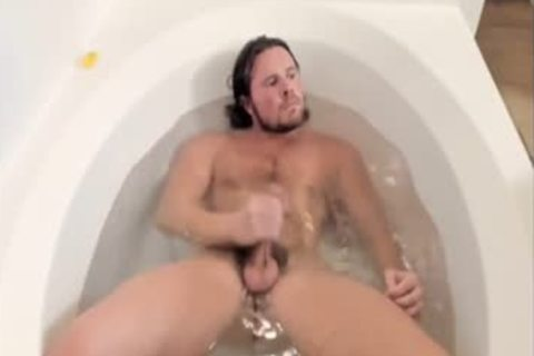 lad Jerks Off On cam In bath