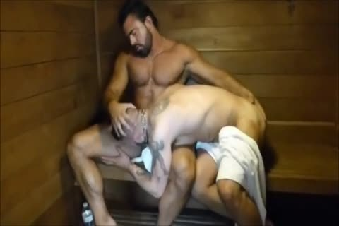 MM Two hirsute Muscle Hunks pound bare At The Gym