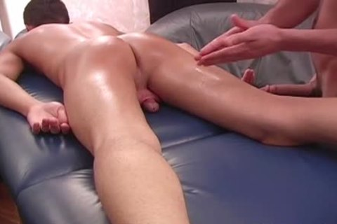 Hd manroyale sensual massage unprotected nailing