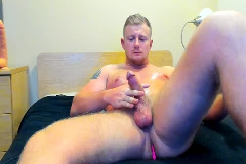 meaty British man Jerks Off On cam