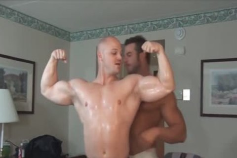 Frank And Kyle Show Off jointly