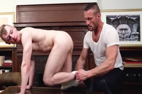 MormonBoyz - fine Daddy bangs A man In The Office
