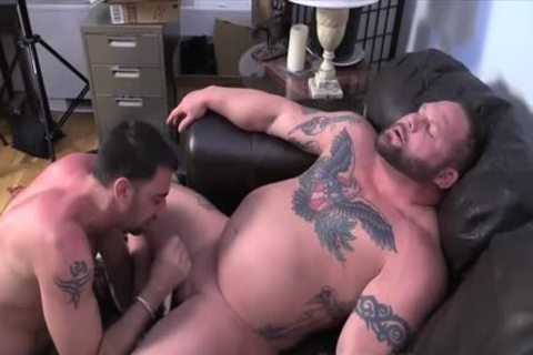 Muscle Bull oral stimulation