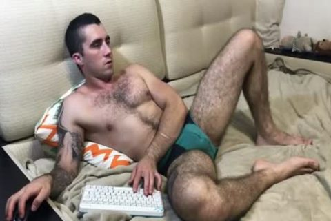 EXHIBANDTOKENS - hairy cam