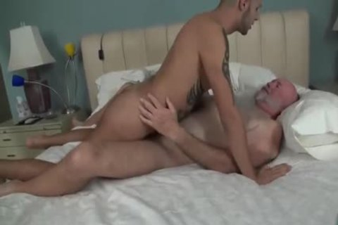 old man fucks A Junior dude