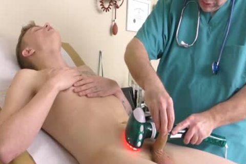 Dr. Phatphuck Gives A Hand