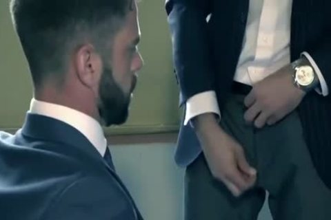 HubxPorn Beard Male Manager's raunchy Temptation