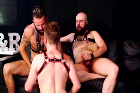 Store PolicyA Leather Bear Threeway