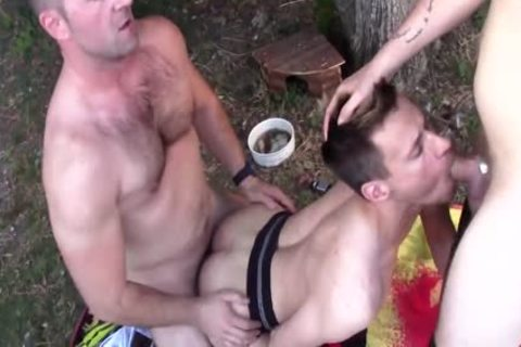 Gratis Gay bareback Porn video