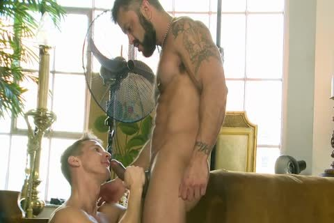 Rogan Richards nails Darius Ferdynand