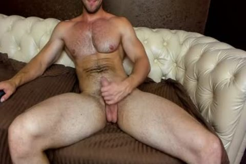 hairy Euro Hunk Cums On cam