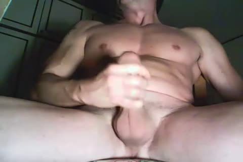 powerful Italian Hunk Playing With His chubby Uncut knob