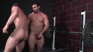 Virgin Hunter - Jaxton Wheeler with Tom Faulk anal Hump
