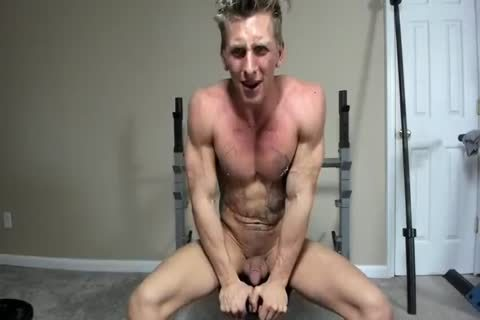 Hung Hunk Working Out naked