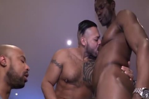 large Dicked three-way banging