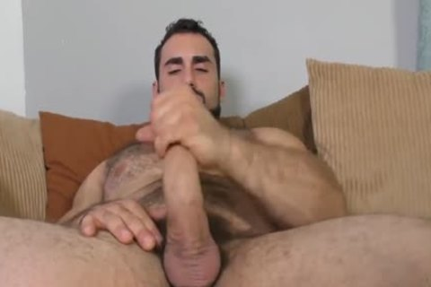 Jaxton Wheeler stroking Is bushy penis