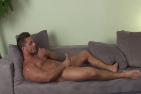 naughty Hunk Solo