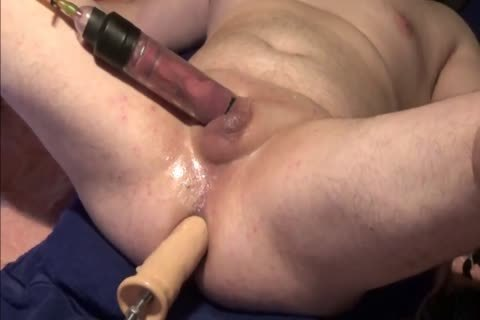 amateur man Uses dildos And acquires Excited