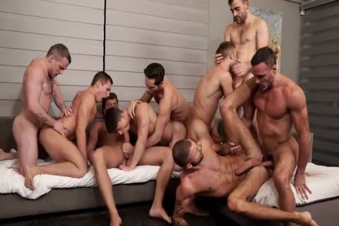 Unforgettable raw gangbang