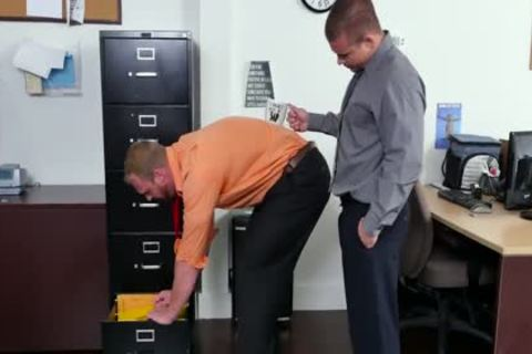 GRAB pooper - new Employee gets Broken In By The Boss, Adam Bryant