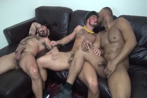 Interracial Muscle Bears nail raw