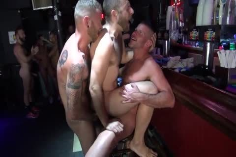 An Epic bare orgy