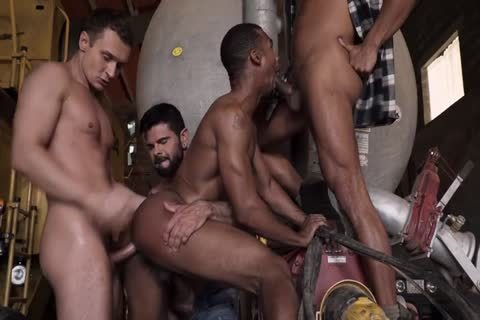 Groupsex @ Work
