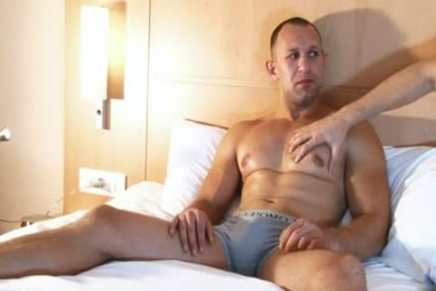 str8 man In A homo Porn In Spite Of Him : Igor My Gym Trainer