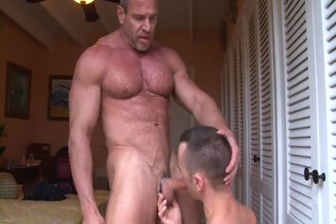 Muscle daddy Trains A Pigboy - plow And piss Up His cunt