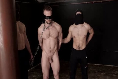 Commando STAS In bondage 1