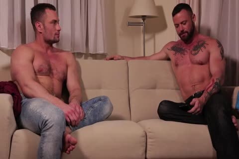 Sergeant Miles Flip-fucks With Stas Landon raw