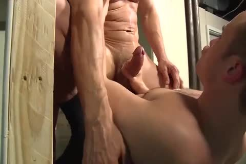 MAX SARGENT DADDY RELAX IN THE JOB