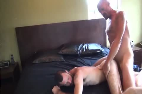 GUNNER DAVID GIFTED DADDY STUFFING hairy arse