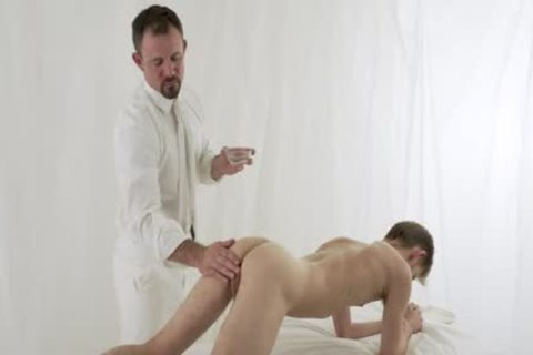 yielding boy pounded raw By Hung Priest