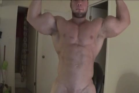 Bodybuilder Shows His superlatively admirable