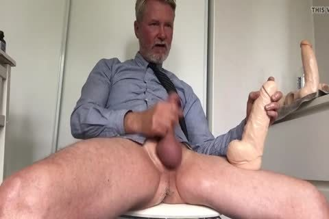 Daddy Cuming With large fake penis Inside