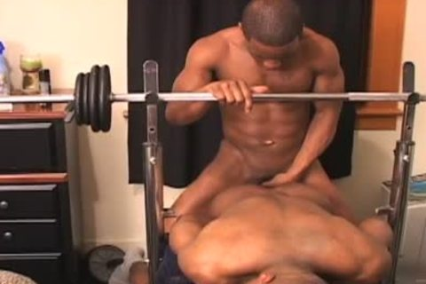 Fit large knob darksome men bang on bench